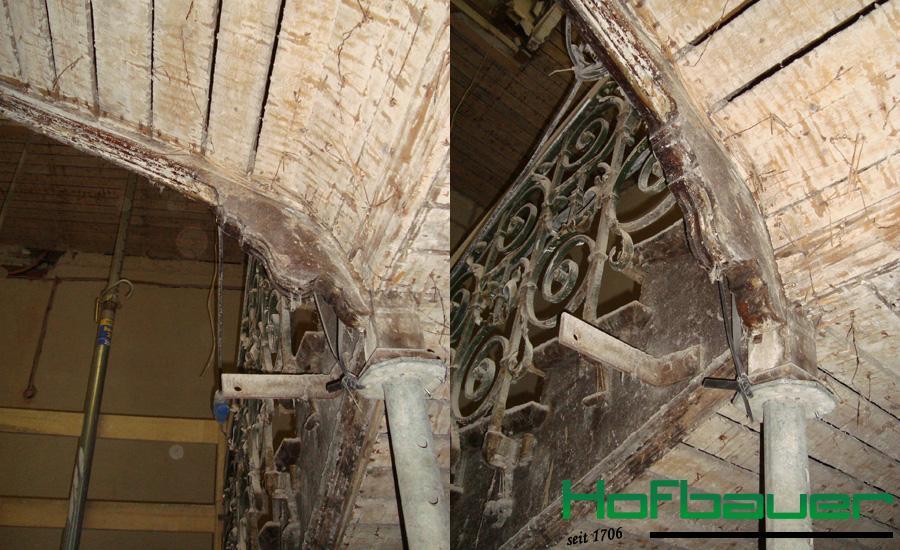 hydraulisches Anheben einer Treppenanlage, Untersicht wurde erneuert